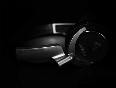 sony-headphones-bdsm-femdom