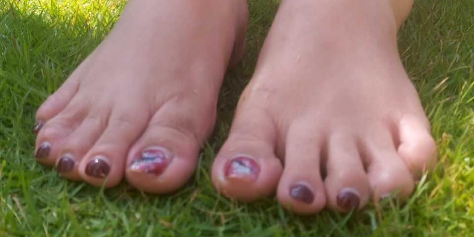 foot-worship jaa4u bdsm femdom