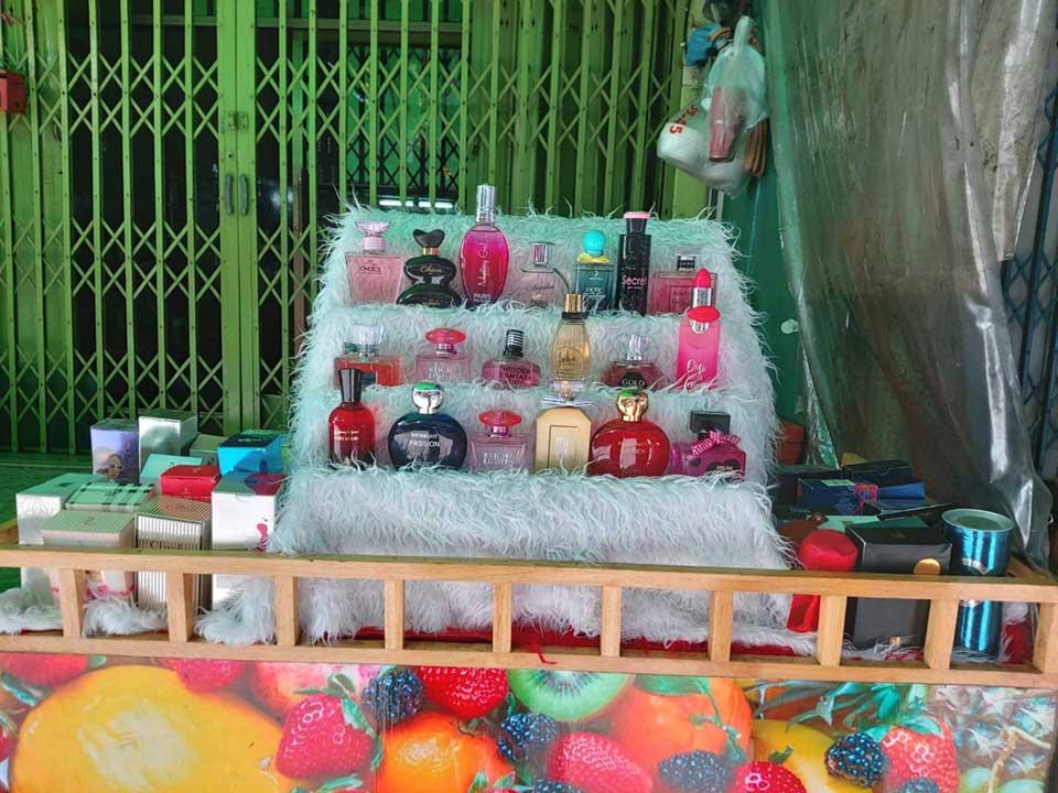 perfume-shop-at-big-C-market